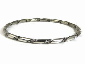 native-american-silver-bangle-bracelets.jpg