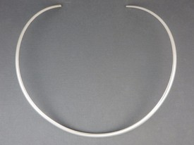 silver-bead-necklace-1.jpg