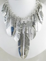 silver-feather-necklaces.png