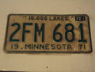 1971 (1972 Tag) MINNESOTA 10,000 Lakes License Plate 2FM-681