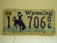 2000 WYOMING Bucking Bronco License Plate 1 706 DG