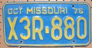1976 Oct Missouri X3R-880 License Plate DMV CLEAR