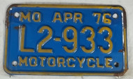 1976 Apr Missouri Motorcycle License Plate L2-933 DMV CLEAR
