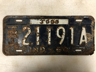 1960 INDIANA 3000 lbs Trailer License Plate 21191A