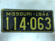 DMV Clear 1944 MISSOURI Passenger License Plate YOM Clear 114-063 MO