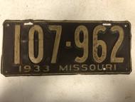 DMV Clear 1933 MISSOURI Passenger License Plate YOM Clear 107-962 MO