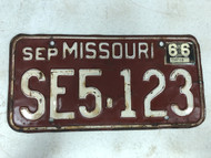 DMV Clear September 1966 MISSOURI Passenger License Plate YOM Clear SE5-123 MO 123 Cool #