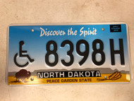 Expired NORTH DAKOTA Peace Garden State Handicapped License Plate 8398H Buffalo Wheat