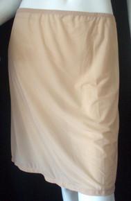 MM7684 Marilyn Monroe Shiny Sheer Half Slip in Buff