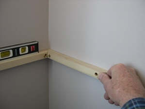 floating-corner-hang-shelf-step-4-copy.jpg