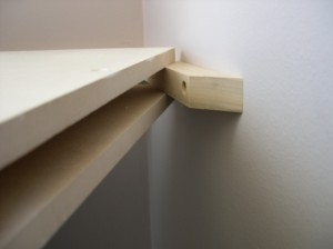 floating-corner-hang-shelf-step-8-copy.jpg