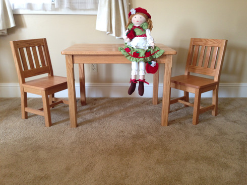 "Table 22"" & 2 Chairs 12"" Honey Brown"