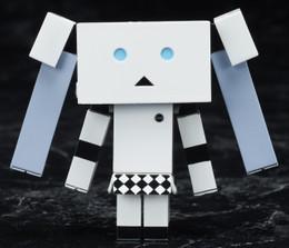 Yotsuba&! - Miss Monochrome Danboard Ver.