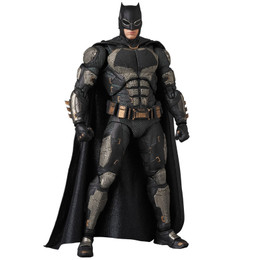 MAFEX No.064 MAFEX JUSTICE LEAGUE BATMAN TACTICAL SUIT Ver.