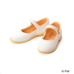 PetWORKs Closet - Classical Strap Shoes White x Beige Sole