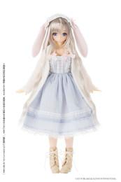 EX Cute Family: Marshmallow Usagi-san / Mio 1/6 Doll