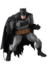 *Pre-order due date: 2019/08/28 - MAFEX No.107 MAFEX BATMAN (The Dark Knight Returns) PRE-ORDER
