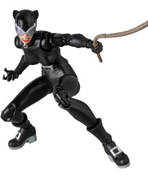 *Pre-order due date: 2020/04/11 - MAFEX No.123 MAFEX Catwoman (HUSH Ver.) PRE-ORDER
