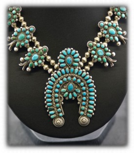 Zuni Turquoise Jewelry - Necklace Naja