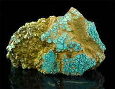 Natural high grade Number Eight Turquoise from Nevada, USA.