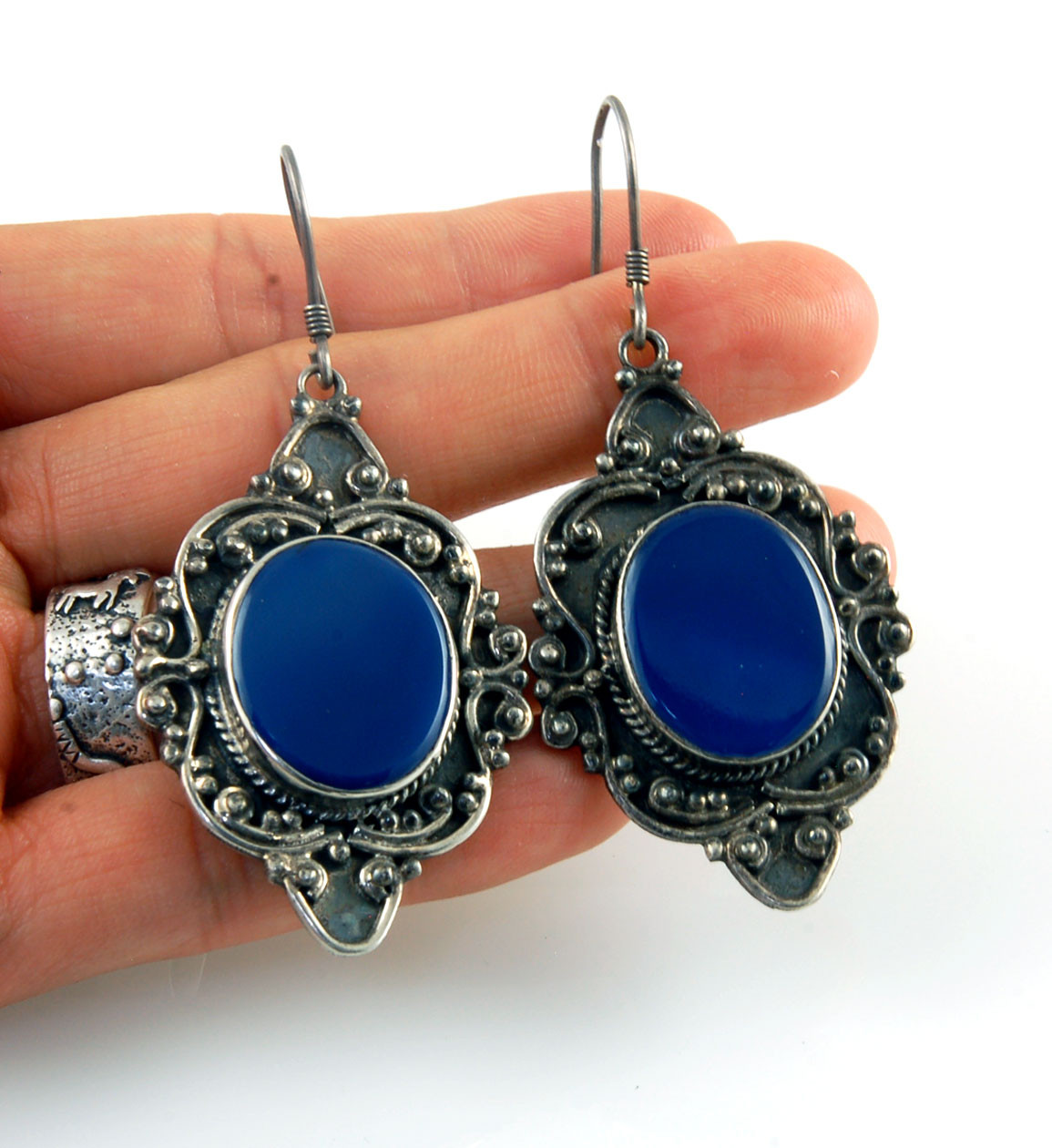 Vintage Style Black /& Blue Stone Long Drop Dangly Earrings ~ Turquoise Agate