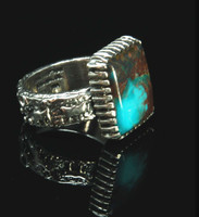 Smoky Bisbee Turquoise and Silver Rock Art Ring