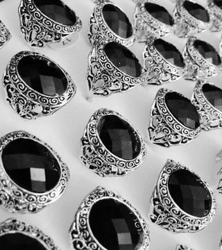 EMIR Stunning Arabic Royalties Desert Mens Black Gem Stone Ring Eid UAE Qatari