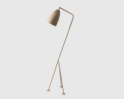 Gubi - Grasshoppa floor light (warm grey)