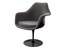 Knoll - The Saarinen Collection Tulip upholstered dining armchair (Ex-display)