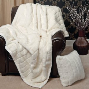 """MINK"" FAUX FUR THERMAL THROW BLANKET - Light Beige / Dirty White color"