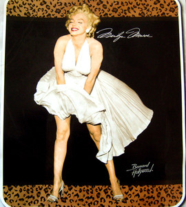 NEW!! - QUEEN Merilyn Monroe Mink Plush Raschel Blanket