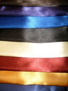 "6 SOFT ""SILK"" SATIN/SATEEN PILLOW CASES (2 x Burgundy,2 x Royal Blue,2 x Silver)"