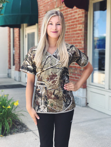 abf6f43a7ae https://cdn10.bigcommerce.com/s-uwfqge/products/2899/images/12511/319-Camo-Front__34131.1500930566.386.513.JPG?c=2.  Real Tree Women's Camo Mock Wrap Scrub ...
