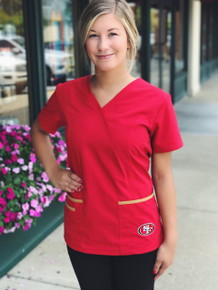 San Francisco 49er's Women's NFL Scrub Top with Front Patch Pockets