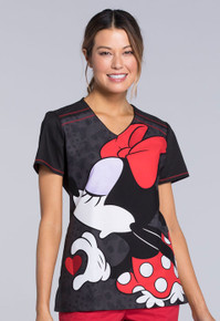 Minnie Mouse Looking for a kiss from Mickey Scrub Top For Women - Big Minnie Scrub Top