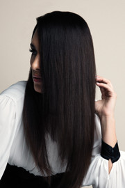 """Revlon Wigs - 20"""" Human Hair Extensions Clip-In (#6393-20) front 2"""