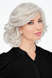 Hairdo_Wigs_Bombshell_Bob_Silver Mist_R56-60-Front
