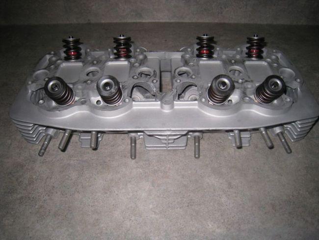 Honda CB750K, Cylinder Head 12200-300-405 Oversize Valves, Stage 1 Port  Clean Up