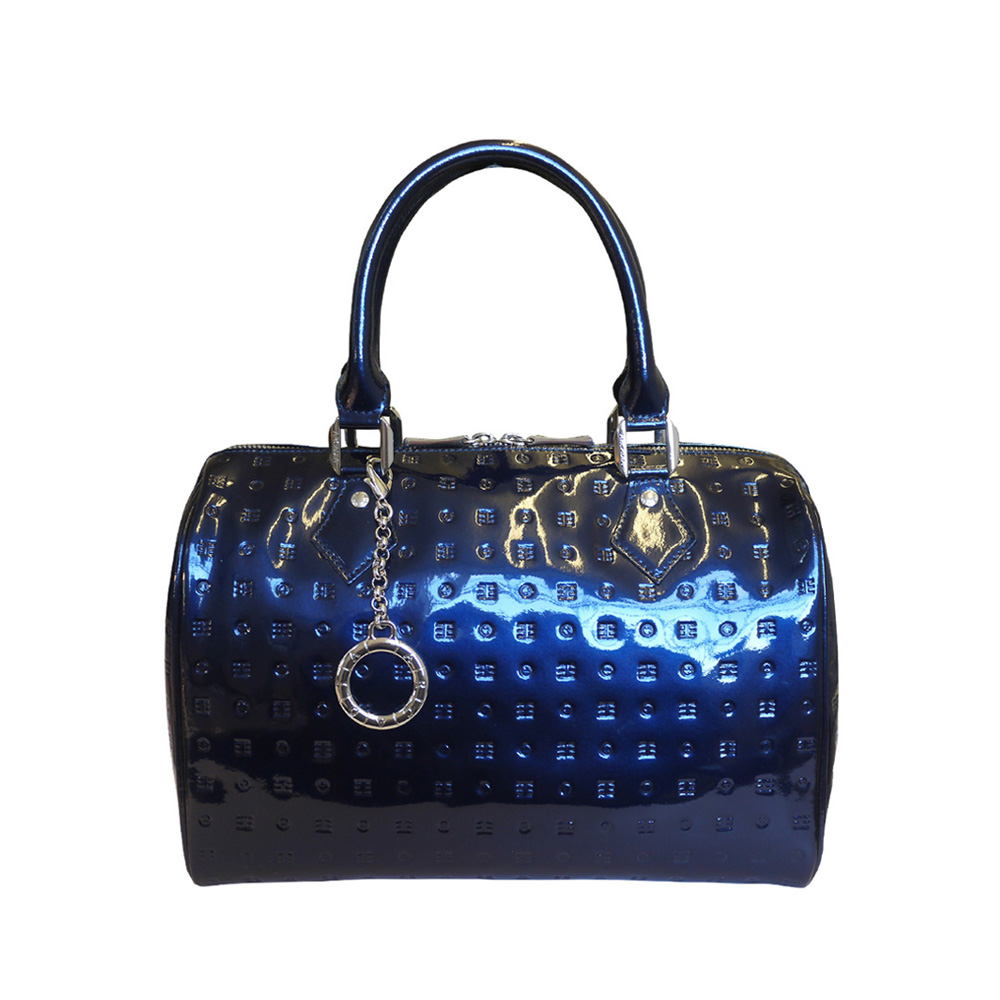 A Guide On How To Care For Your Italian Leather Handbag - Attavanti 0d600be27cdf8