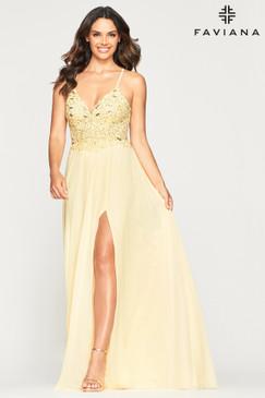 Faviana 10005 Flowy Chiffon Dress