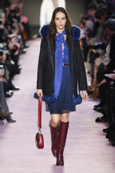 Blumarine Fall / Winter 2018 Ready To Wear Look 10