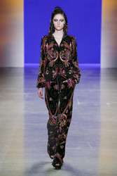 Naeem Khan Fall / Winter 2018 Ready To Wear Look 1
