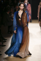 Roberto Cavalli Fall / Winter 2018 Ready To Wear Look 19