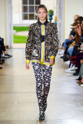 Paul and Joe Spring / Summer 2019 Ready To Wear Look 28