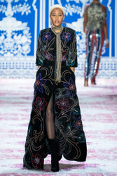 Naeem Khan Fall 2019 Evening Wear Look 5