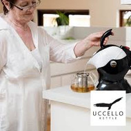Uccello Kettle Pouring made easy