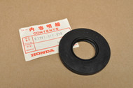 NOS Honda 1975-79 GL1000 Gold Wing Final Drive Rear End Gear Oil Seal 91261-371-013