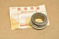 NOS Honda CL70 K0-K3 Speedometer Drive Gear 44806-051-305