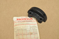 NOS Honda XL250 XL350 XL500 XR250 XR500 Lower Throttle Housing 53168-428-000