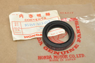 NOS Honda CB450 CB750 CB900 CBX CL450 CR125 M CR250 M MR250 MT250 SL250 XL250 XL350 Fork Oil Seal 91255-323-013